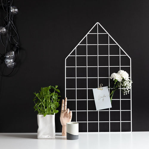 House white wall grid