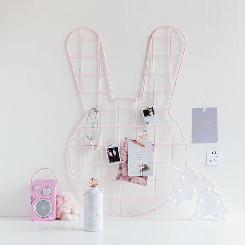 Bunny pink wall grid