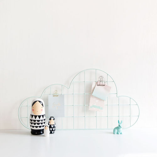 Cloud mint wall grid