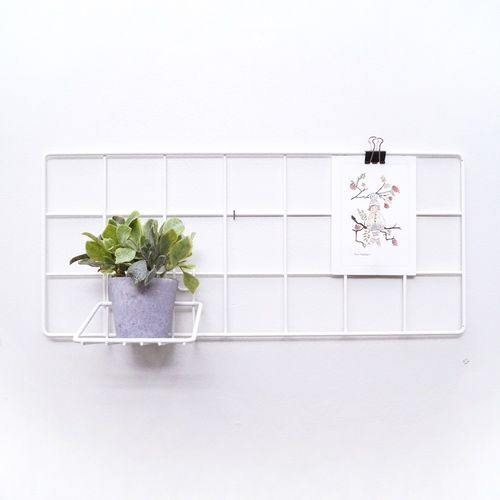 Basic Mini white wall grid